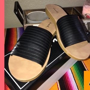 Here is your sandal for the summer ☀️🌺
